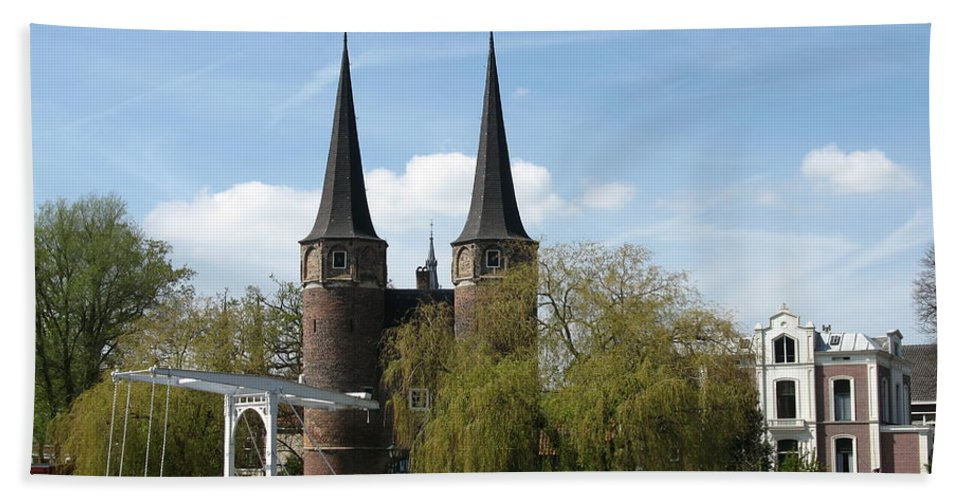 Drawbridge Beach Towel featuring the photograph Drawbridge - Delft - Netherlands by Christiane Schulze Art And Photography
