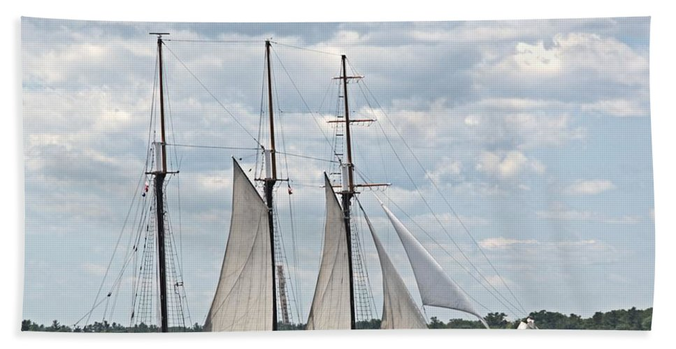 Tall Ship Beach Towel featuring the photograph Empire Sandy by Valerie Kirkwood
