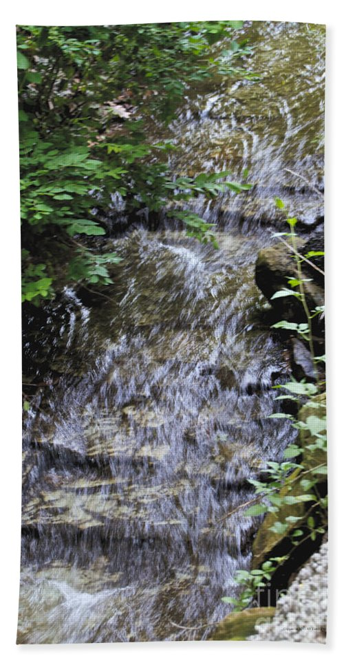 Glen Iris Beach Towel featuring the photograph Falling Water by William Norton