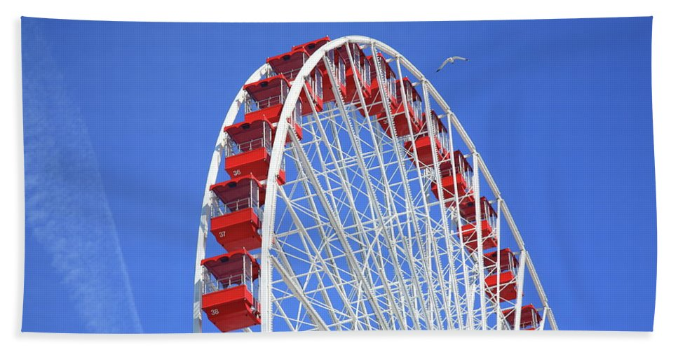 America Beach Towel featuring the photograph Ferris Wheel by Frank Romeo