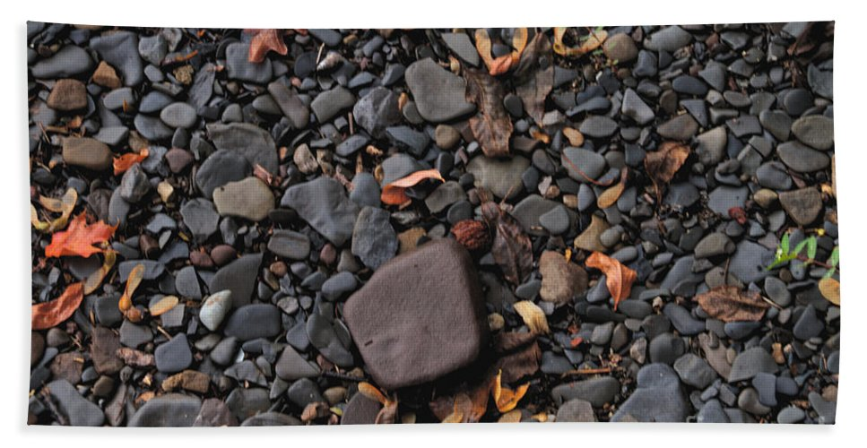 Stones Beach Towel featuring the photograph Flat Skipping Stones by William Norton