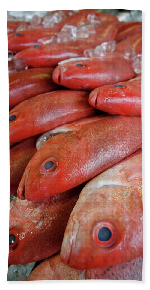 Capitol Beach Sheet featuring the photograph Fresh Red Snapper At The Fish Market by Chris Pinchbeck