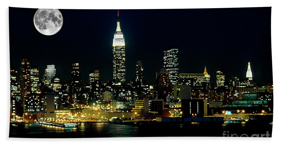 Nyc Beach Towel featuring the photograph Full Moon Rising - New York City by Anthony Sacco