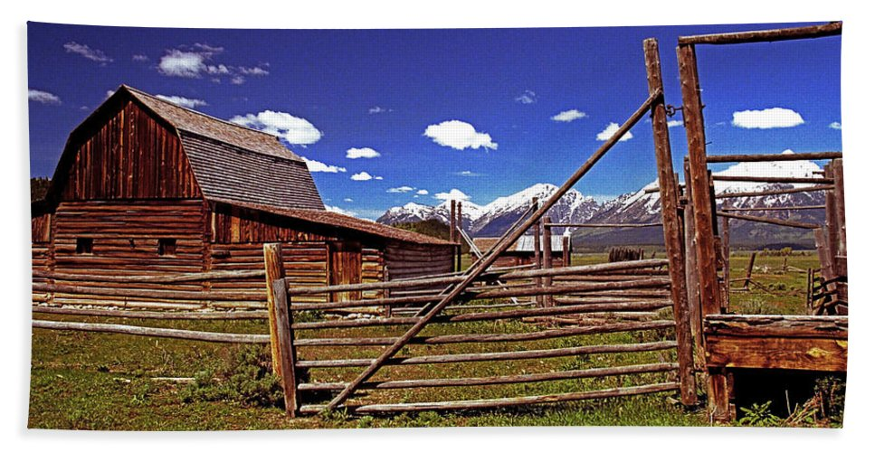 Wyoming Beach Towel featuring the photograph Gambrel Barn And Tetons by Rich Walter