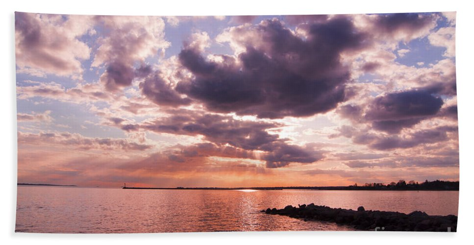 Sunset Beach Towel featuring the photograph Grandiose by Joe Geraci