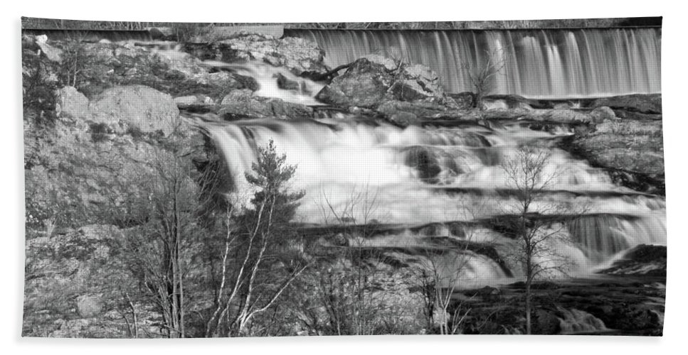 Water Beach Towel featuring the photograph Great Falls 14140 by Guy Whiteley