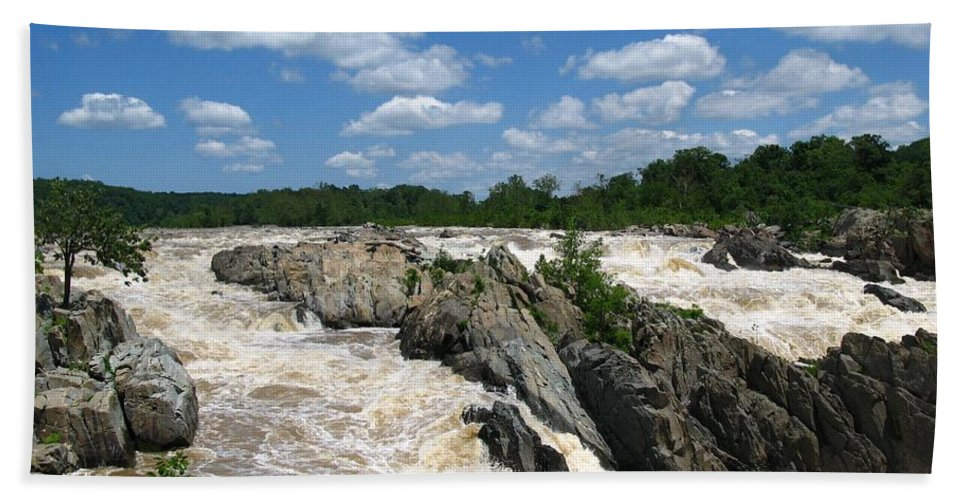 Great Falls Beach Towel featuring the photograph Great Falls On The Potomac by Robert McCulloch
