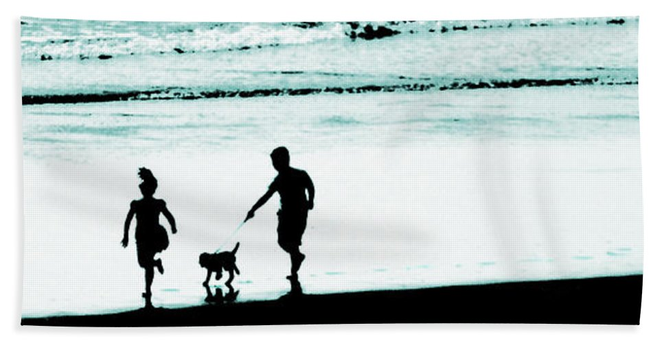 Happy Days Beach Towel featuring the photograph Happy Days by Steve Taylor