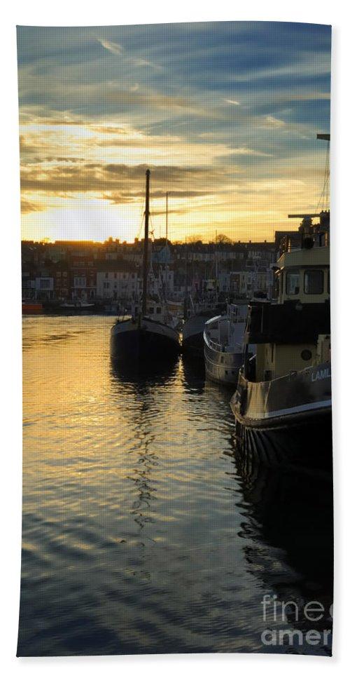 Doug Beach Towel featuring the photograph Harbour Sunset by Doug Wilton