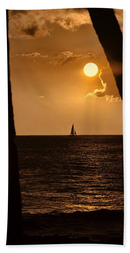 Hawaii Beach Towel featuring the photograph Hawaii Sunset by Douglas Barnard