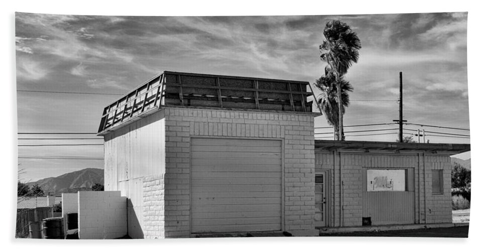 Gas Beach Towel featuring the photograph Historic Estrella Gas Station Desert Hot Springs by William Dey