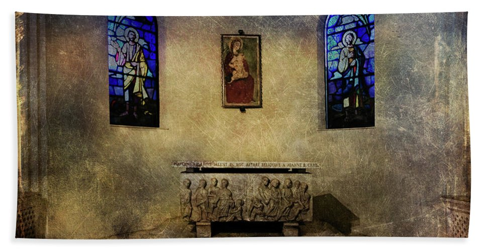 Architecture Beach Towel featuring the photograph Holy Grunge by Roberto Pagani