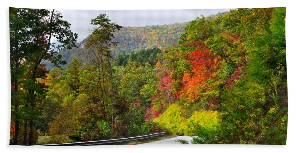 Landscapes Beach Towel featuring the photograph Hwy 281 In The Fall by Duane McCullough