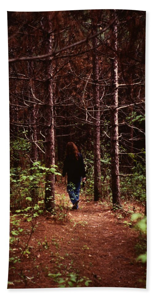 Walk Beach Towel featuring the photograph I Walk Alone by Marilyn Hunt