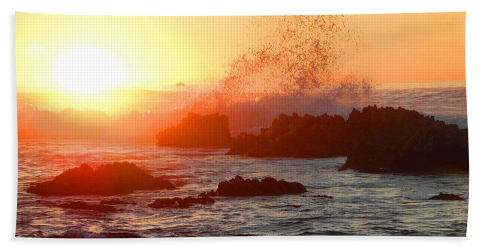 Sunset Beach Towel featuring the photograph I Will Rise Again Tomorrow by Sue McElligott