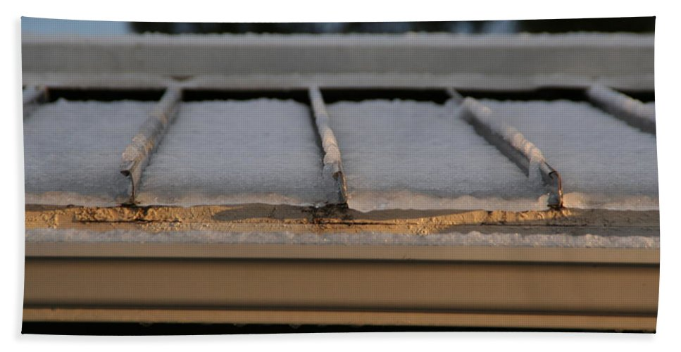 Roof Beach Towel featuring the photograph Ice Roof by David S Reynolds