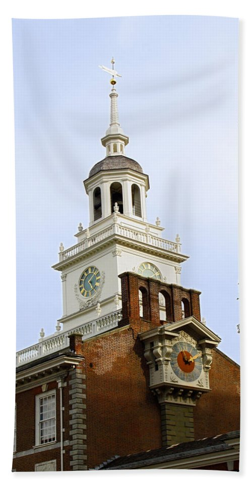 Independence Hall Close-up Beach Towel featuring the photograph Independence Hall Clocks by Sally Weigand
