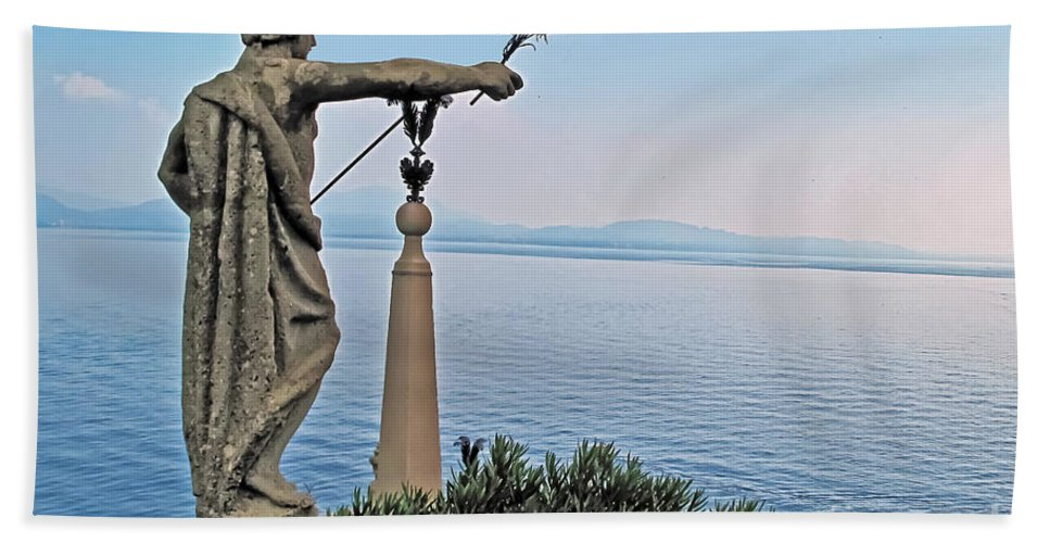 Travel Beach Towel featuring the photograph Isola Bella Lookout by Elvis Vaughn
