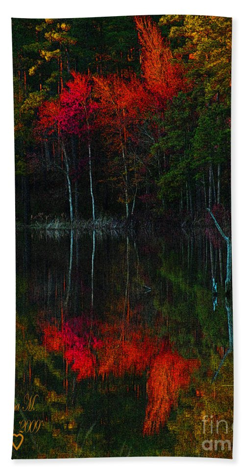 Fall Beach Towel featuring the photograph It Fall Time Again by Donna Brown