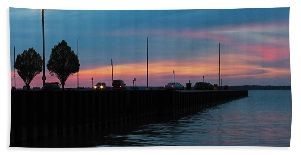 Pier Beach Towel featuring the photograph Jackson Street Pier - Sunset by Shawna Rowe