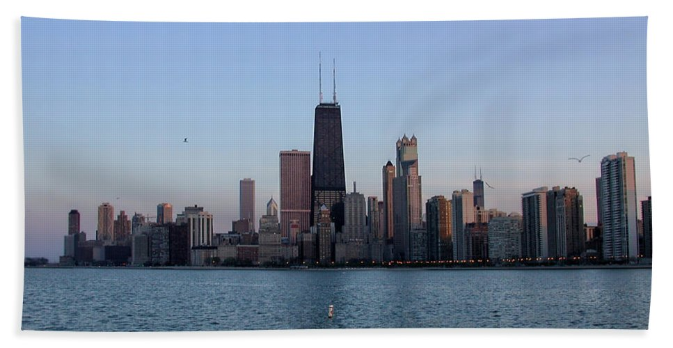 John Hancock Beach Towel featuring the photograph John Hancock Building And Chicago Il Skyline by Thomas Woolworth