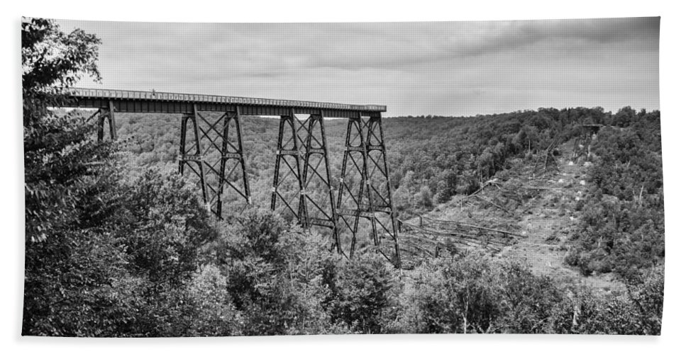 Bridges Beach Towel featuring the photograph Kinzua Viaduct 6911 by Guy Whiteley