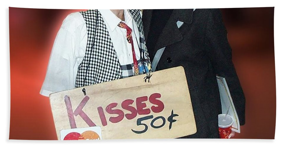 Kiss Beach Towel featuring the photograph Kisses by Thomas Woolworth