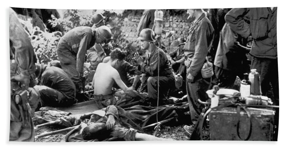 1950 Beach Towel featuring the photograph Korean War Wounded by Underwood Archives