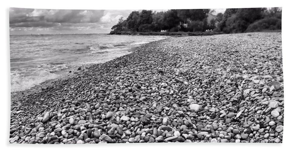 Lake erie coast black and white beach sheet featuring the photograph lake erie coast black and
