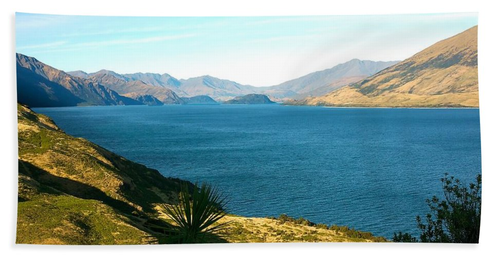 New Zealand Beach Towel featuring the photograph Lake Hawea by Stuart Litoff