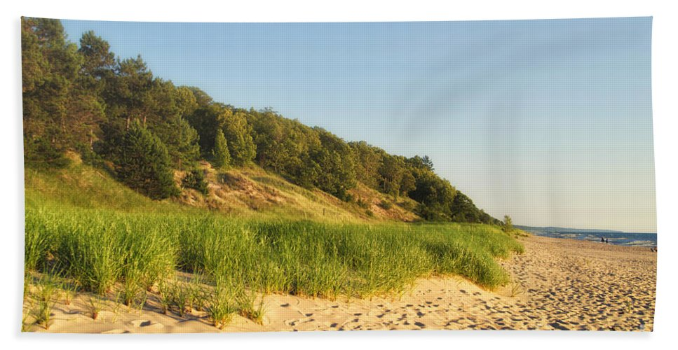 Lake Michigan Beach Towel featuring the photograph Lake Michigan Dunes 01 by Thomas Woolworth