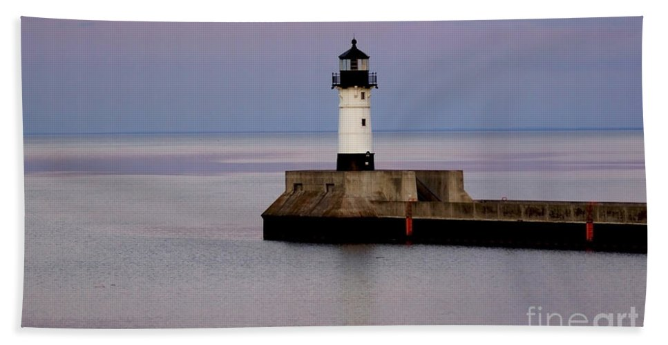 Lighthouse Beach Towel featuring the photograph Lake Superior Lighthouse by Lori Tordsen