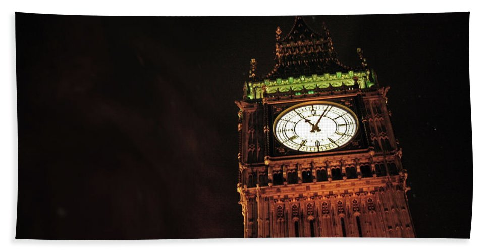 London Beach Towel featuring the photograph Late Night London by La Dolce Vita