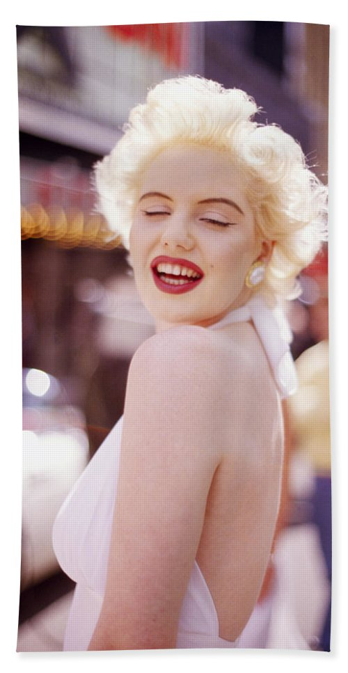 Marilyn Monroe Beach Towel featuring the photograph Laughter Of Marilyn by Shaun Higson