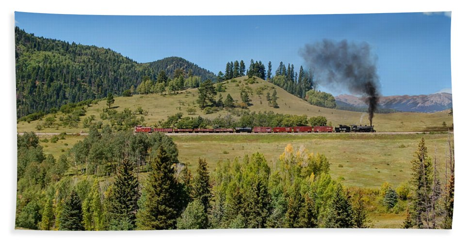 Steam Train Photographs Beach Towel featuring the photograph Leaving Laboto by Ken Smith