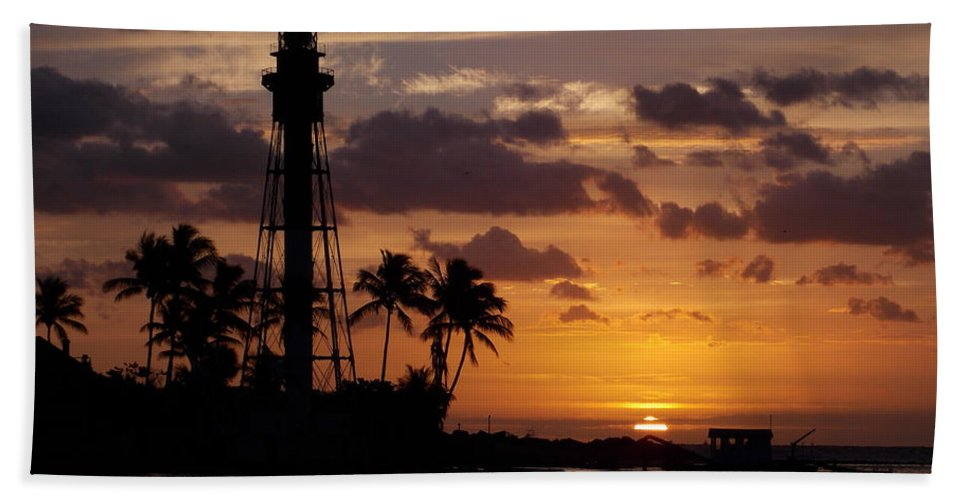 Lighthouse Beach Towel featuring the photograph Lighthouse Sun Rays by William Teed