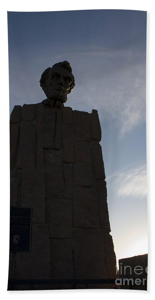 Wyoming Beach Towel featuring the photograph Lincoln Memorial Wyoming by Jason O Watson