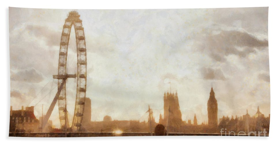 London Beach Towel featuring the painting London Skyline At Dusk 01 by Pixel Chimp