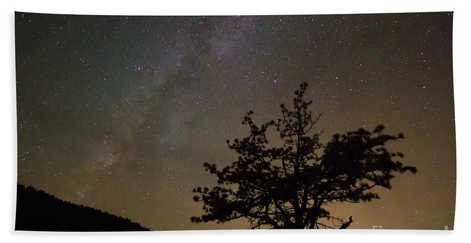 Stars Beach Towel featuring the photograph Lost In The Night by James BO Insogna