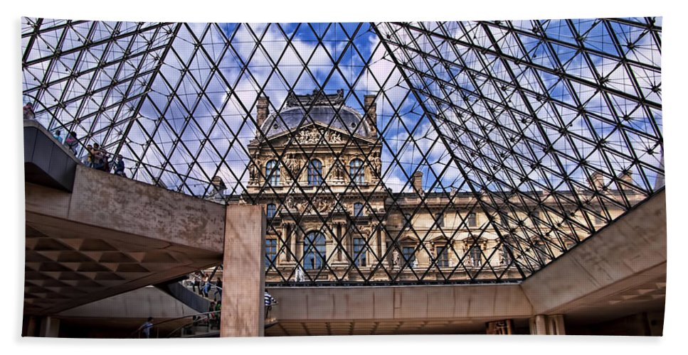 France Beach Towel featuring the photograph Louvre Museum Paris France by Jon Berghoff