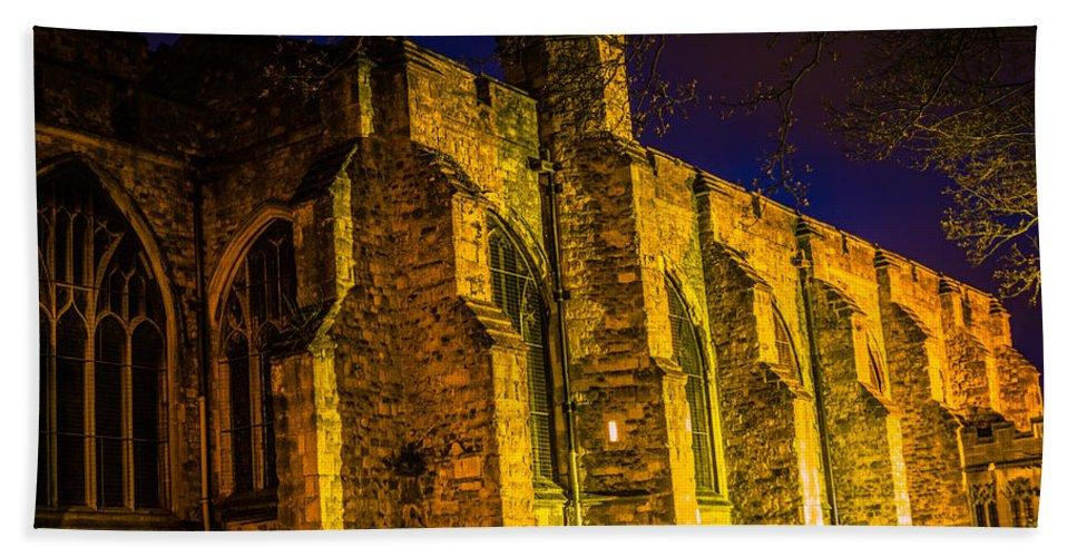 Maidstone Church Beach Sheet featuring the photograph Maidstone Church by Dawn OConnor