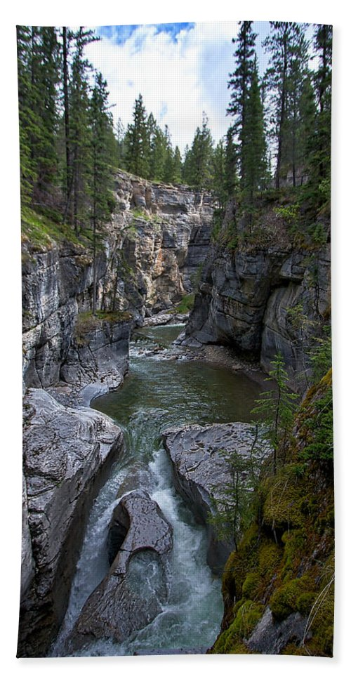 Maligne Canyon Beach Towel featuring the photograph Maligne Canyon #2 by Stuart Litoff