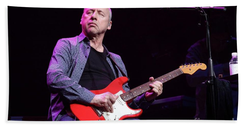 Fender Stratocaster Beach Towel featuring the photograph Dire Straits - Mark Knopfler by Concert Photos