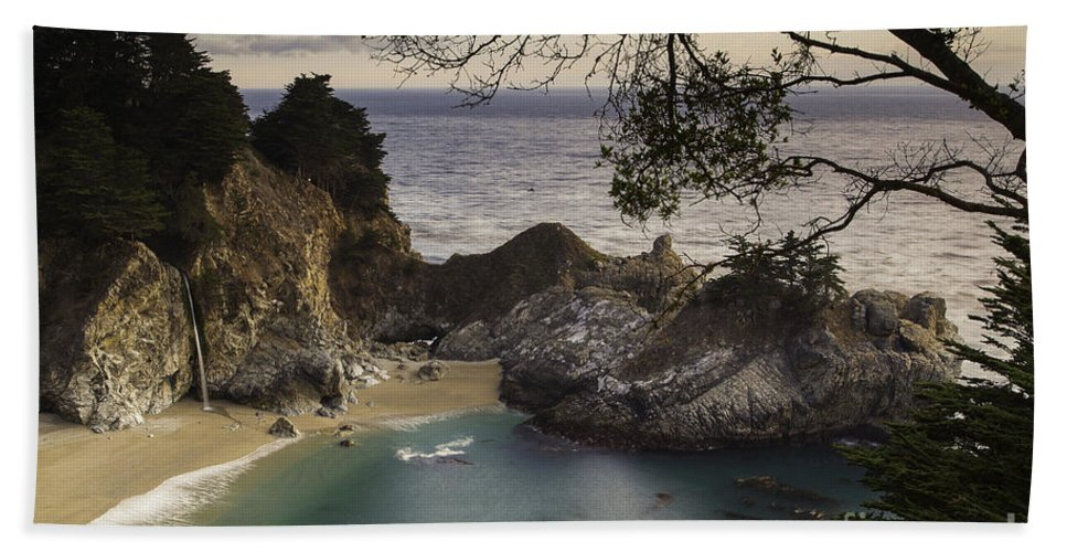 Michele Beach Towel featuring the photograph Mcway Falls by Michele Steffey