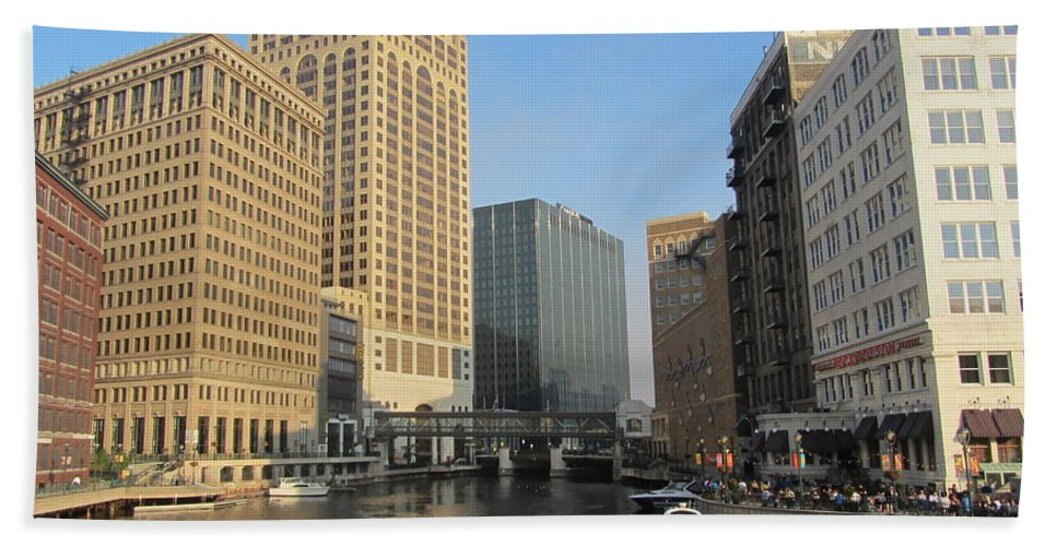 Milwaukee Beach Towel featuring the photograph Milwaukee River Theater District 2 by Anita Burgermeister