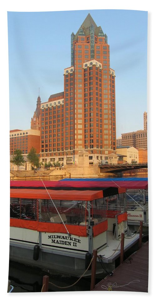 Milwaukee Beach Towel featuring the photograph Milwaukee River Theater District 5 by Anita Burgermeister
