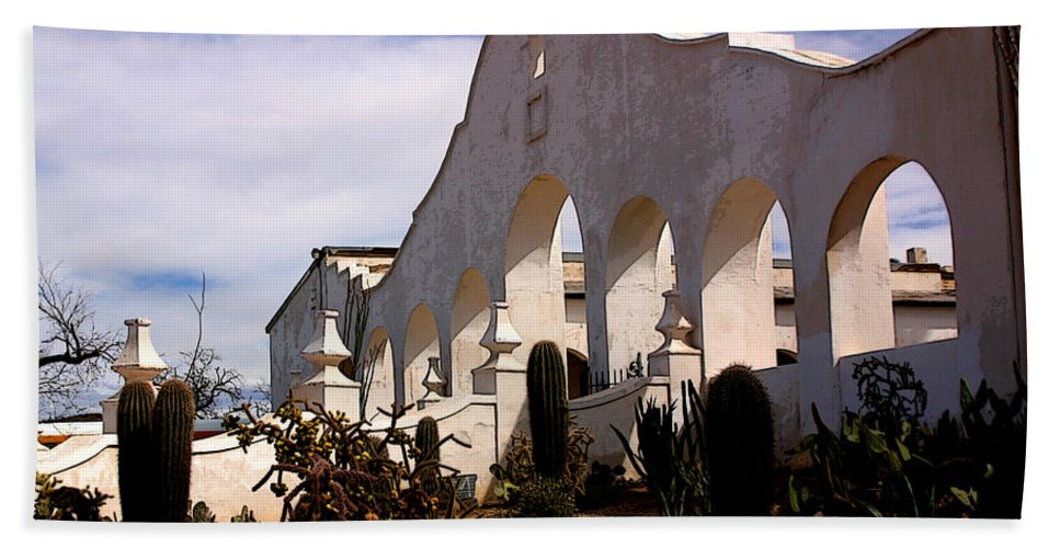 Mission San Xevier Del Bac Beach Towel featuring the photograph Mission San Xevier Del Bac by Joe Kozlowski