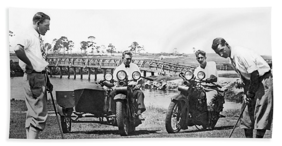 1920s Beach Sheet featuring the photograph Motorcycles Set Golf Record by Underwood Archives