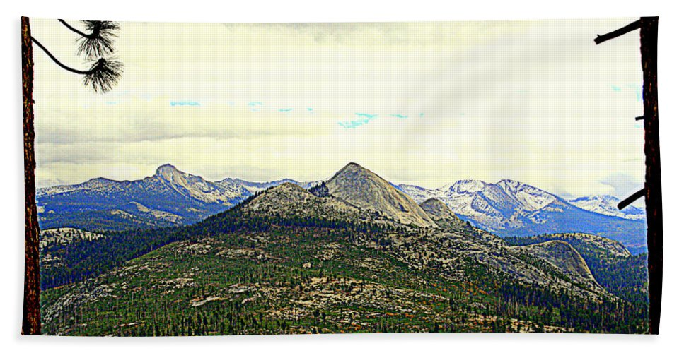 Mountains Beach Towel featuring the photograph Mount Starr King by Lynn Bawden
