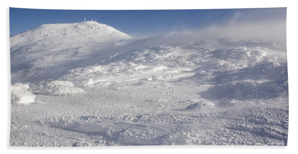 Alpine Zone Beach Towel featuring the photograph Mount Washington - White Mountains New Hampshire by Erin Paul Donovan